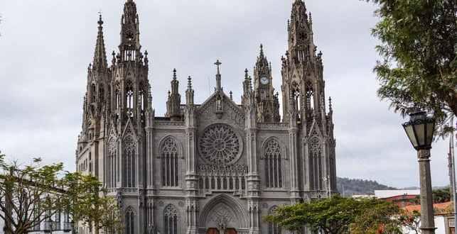 arucas-iglesia